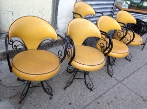 CHAIRS YELLOWW