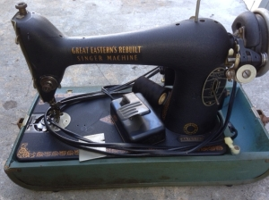 SINGER PORTABLE SEWING