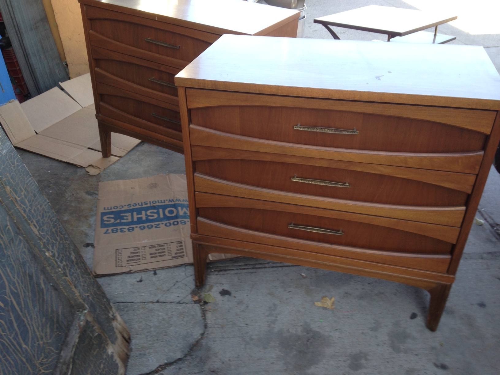 Mid century modern couch for sale - Chairs Nice Mid Century Dreserss