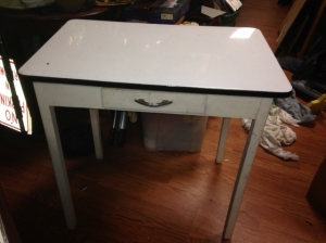 METAL TOP TABLE