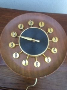 MID CENT CLOCK