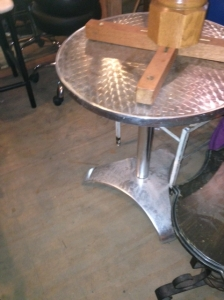 CHROME TABLE