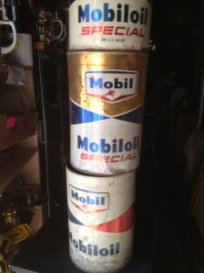 MOBILE OIL CANS