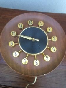 MID CENT CLOCK