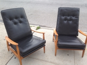 MID CENTURY GREAT LOUNGE CHAIRS