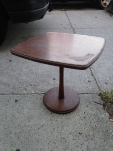 MID CENT SMALL TABLE
