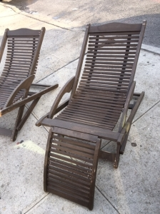 SLAT LOUNGE CHAIRS