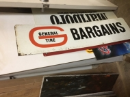 SIGN GENERAL TIRE