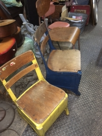 SCHOOL CHAIRS 3