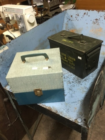 METAL ARMY BOX