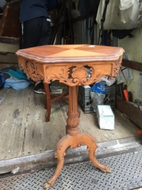 OAK ANTIQUE TABLE