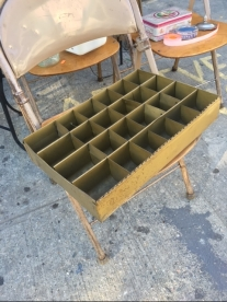 METAL SECTIONAL TRAY