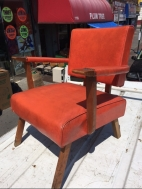 MID CENTURY CHAIR ORANGE