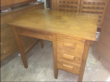 OAK SMALL DESK