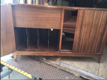 MID CENTURY MODERN TV STAND INSIDE