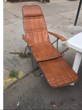 VINTAGE BEACH CHAIR