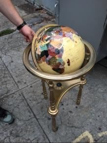 gemstone-globe
