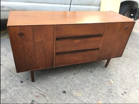 mid-century-modern-nice-dresser