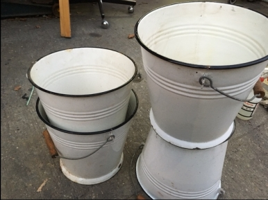porcelain-buckets