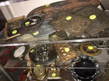 vintage-belt-buckles