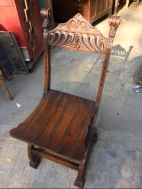 antiqu-carved-chair