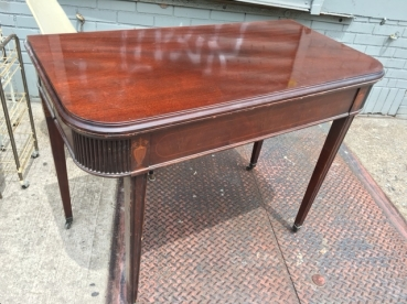 antique-table