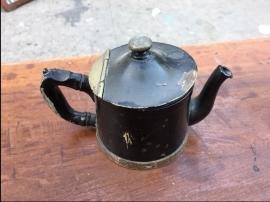 silver-tea-kettle