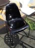 fiberglass-chair