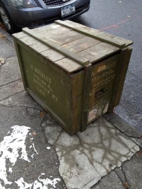 green-army-wood-trunk