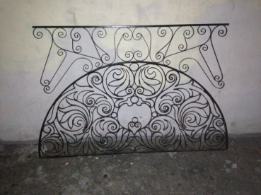 iron-wall-decoration