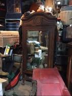 mirrored-armoir