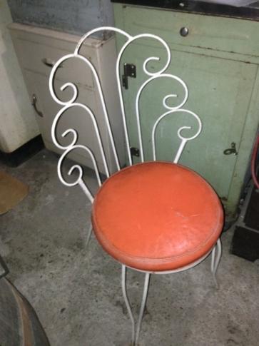 vanity-chair