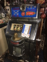 antique-slot-machine