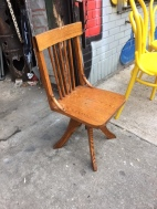 kids-drafting-chair