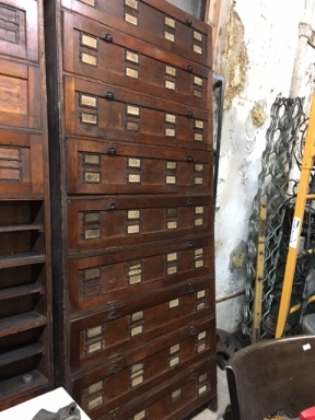 oak-wall-cabinet-2