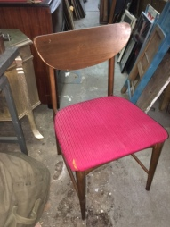 mid-century-desk-chair