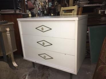 mid-century-side-dresser