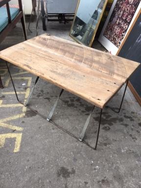 reclaimed-wood-coffee-table-2