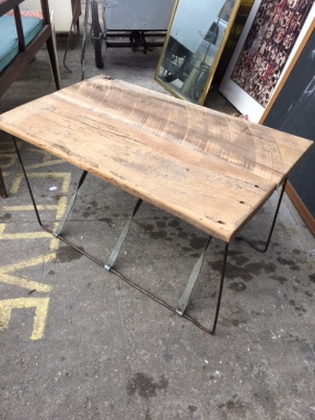 reclaimed-wood-coffee-table-2