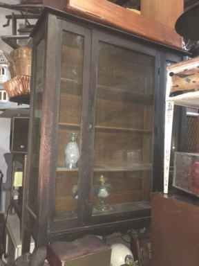 antique-display-cabinet