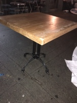 bistro-table