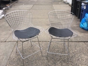 knoll-style-stools