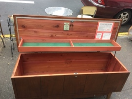 lane-cedar-chest-open