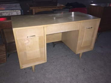 mid-century-desk-tan