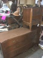 vintage-dressers