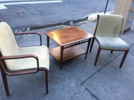KNOLL CHAIRS WITH LANE SIDE TABLE