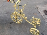 METAL BIKE PLANTER