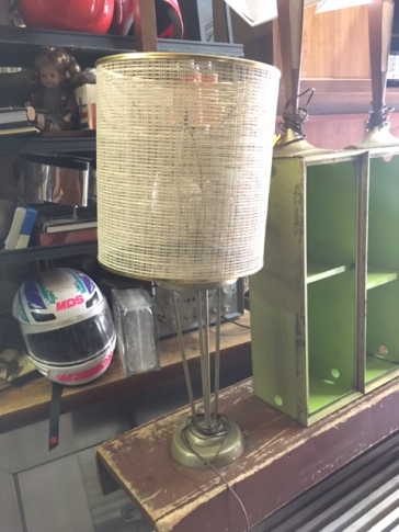 MID CENTURY LAMP SINGLE