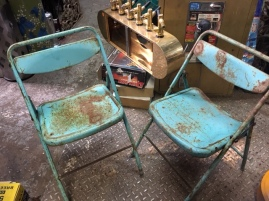 RUSTY KIDS CHAIRS