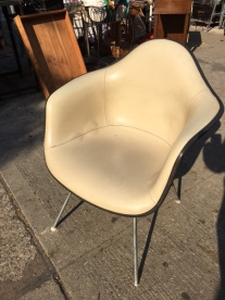 HERMAN MILLER SHELL ARM CHAIR WHITE